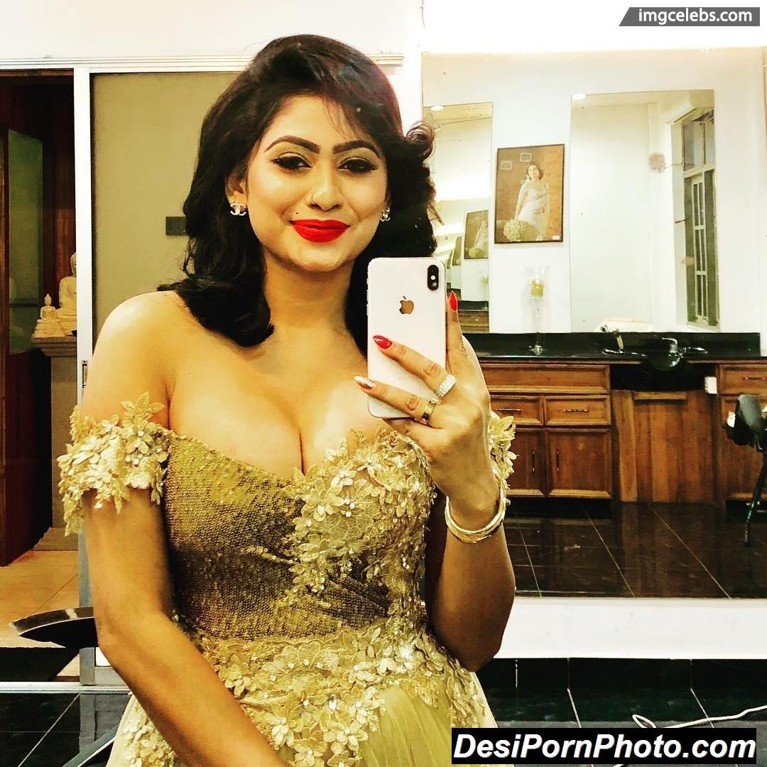 Hot Indian girls ke free sex photos dekhe college sex