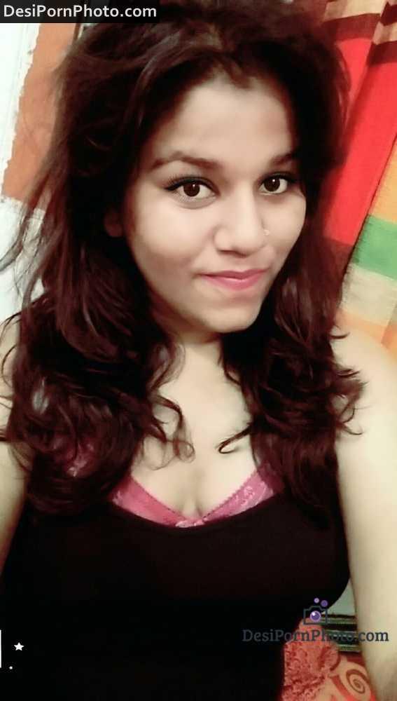 Sweet girl Sonal ki desi boobs ki photos