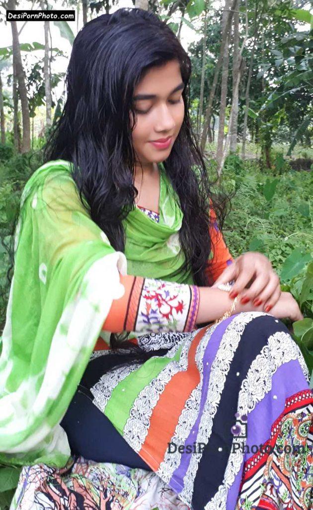 Desi hot bhabhi pics for tharki boss - Antarvasna Photos