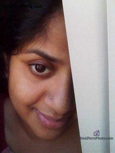 Hot Indian milf Nude aunty