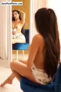 Sexy Model ke adh nange photos colection